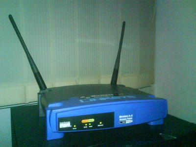 http://codecaster.nl/got/Linksys_WAP.JPG